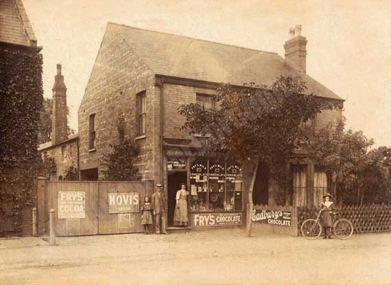 Paragreen Store on the high street around 1905.